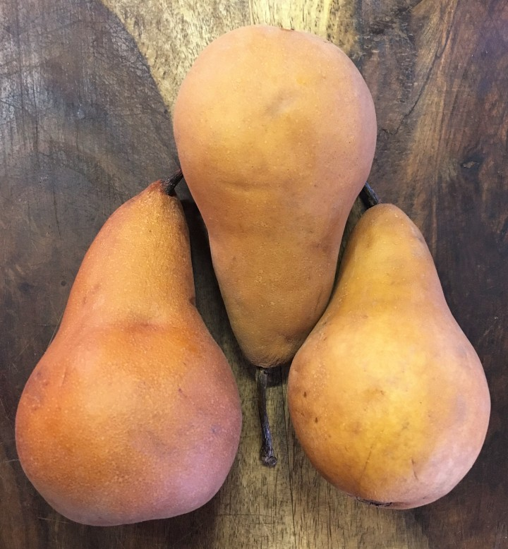 Bosc pears, ready for chopping.