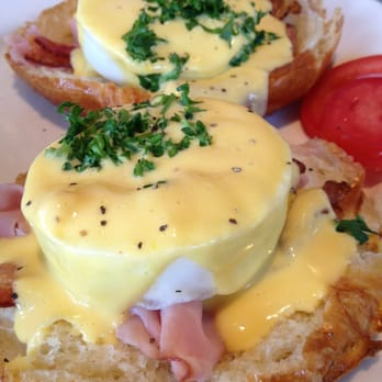 Eggs Benedict at La Madeleine.